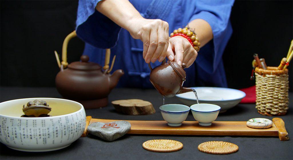 Connaitre lek rituel du the avec Sabine Min Seh